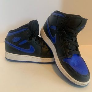 Air Jordan 1 Mid Royal size 4.5